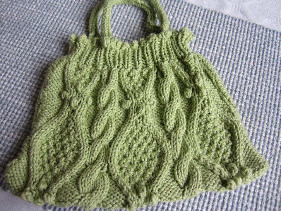 Textured Knitting : Textured knitting u running with scissors